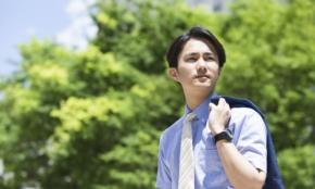 ユニクロの半袖シャツ3選、ビジネス用途に使える着こなしをプロが指南