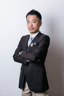 加藤寛康氏