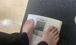 コロナ太りのアラサー・70kg男がダイエットに挑戦。NG食材に早くも気が重い